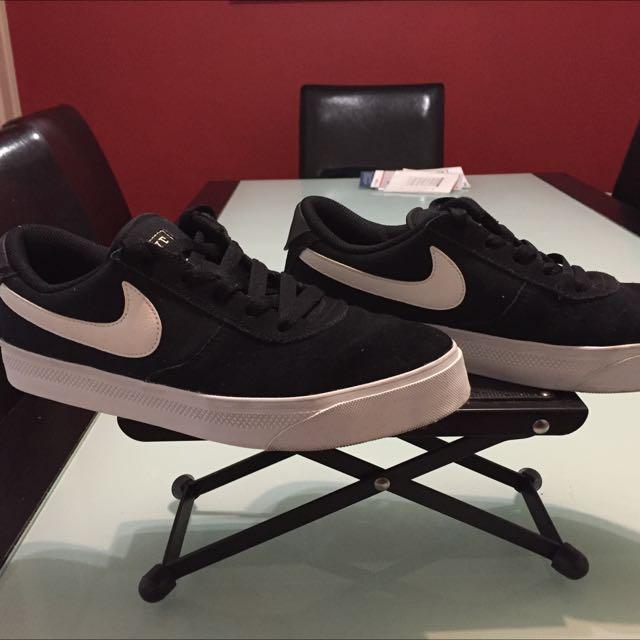 Nike Mavrk Low 2 Men Sneakers