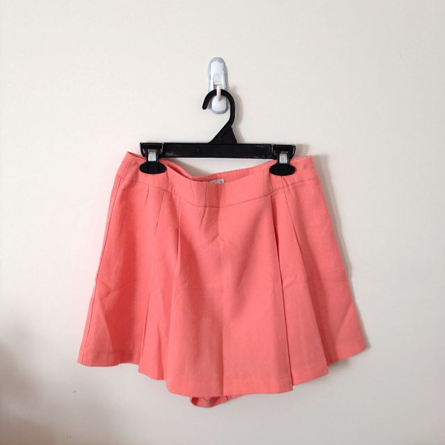 peach shorts / skirt 💖