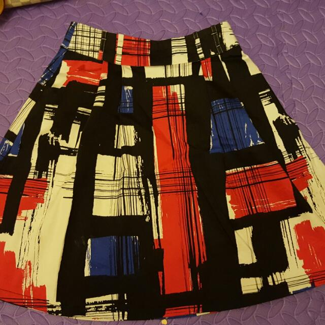 Review Skirt Size 6