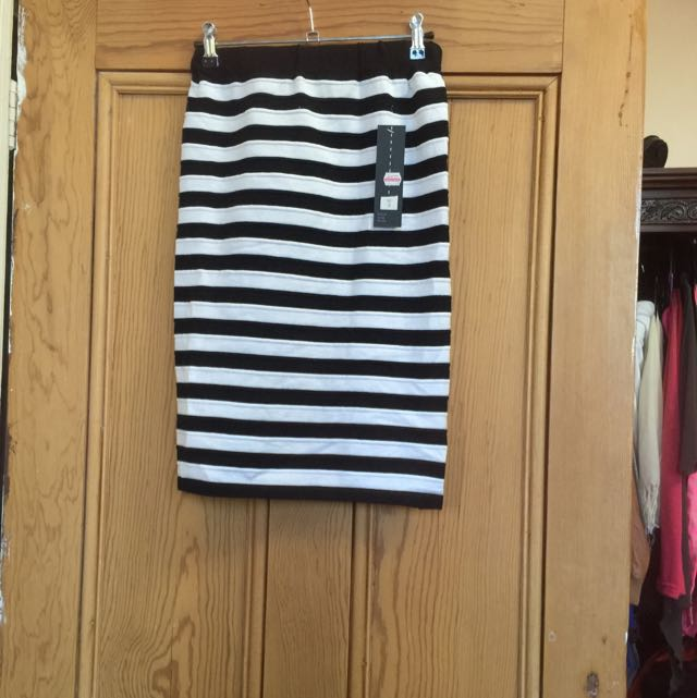 Strippy Pencil Skirt Size 10-12