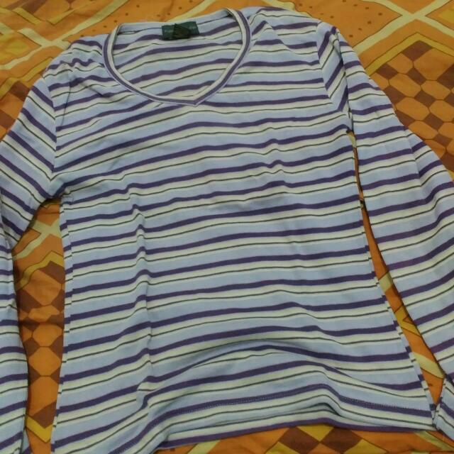 sweater ungu Kate Mc Lean