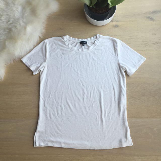 Wilfred Free Tshirt