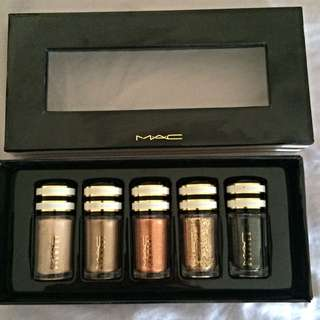 Mac Pigments And Glitter Eye Shadow
