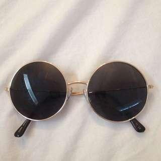 Round Shaped Glasses