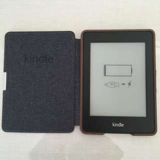 Amazon Kindle Paperwhite E-Reader (Black and white Reader)