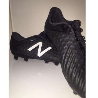 *Limited Edition* New Balance Visaro Pro FG Football Boots - BLACKOUT! (Size US 9.5)