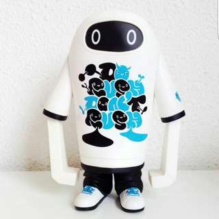 Play Imaginative Shin Tanaka T-Boy vinyl toy
