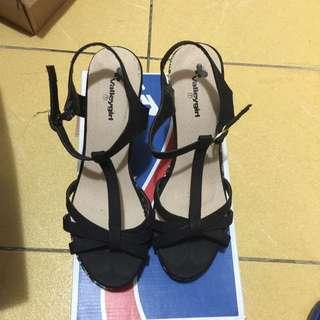 Valleygirl Black Wedge Sandals
