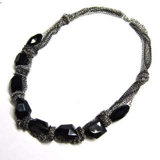 NEW CHAINS GEMS BLACK NECKLACE