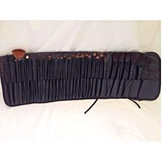31pc Makeup Brush Kit