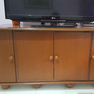 Tv Console Can Put Up To 120 Discs