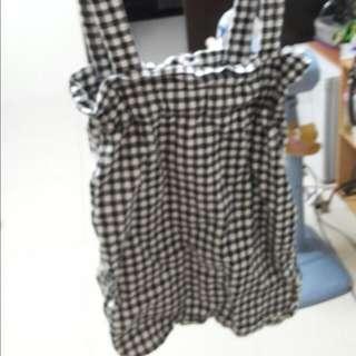 黑格子吊帶包裙