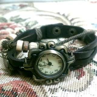 嬉皮繩手錶