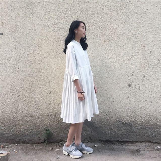 連身百褶裙