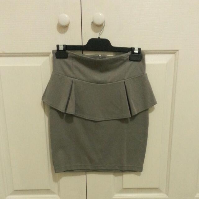 Cotton On Grey Peplum Skirt