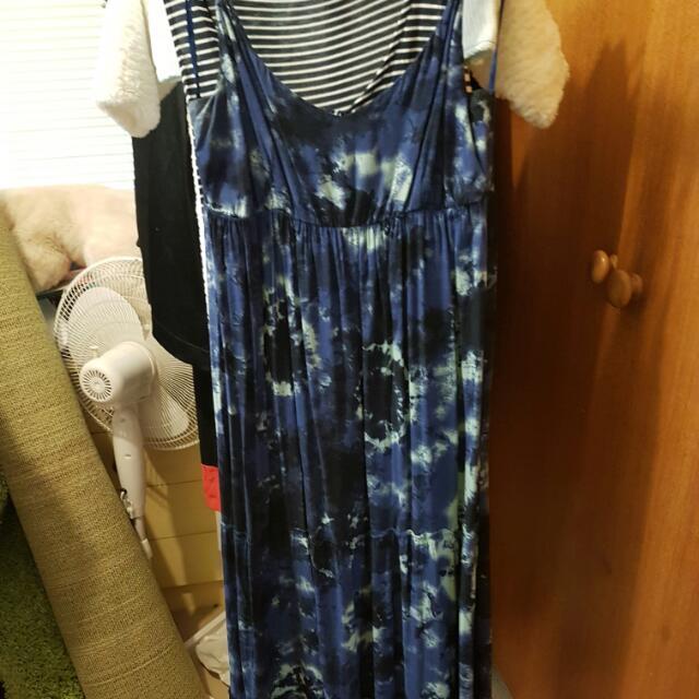 Dresses L $5ea