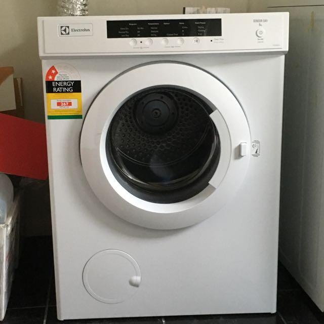 6kg Electrolux Sensor Dryer