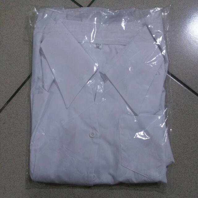 M號白色素面襯衫