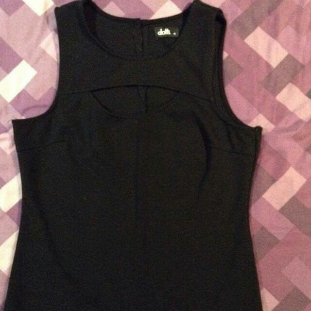 M Dotti Top With Cut Out