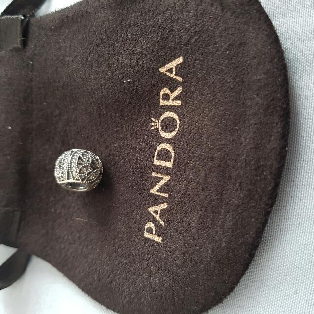 Pandora Sparkling Leaves Charm