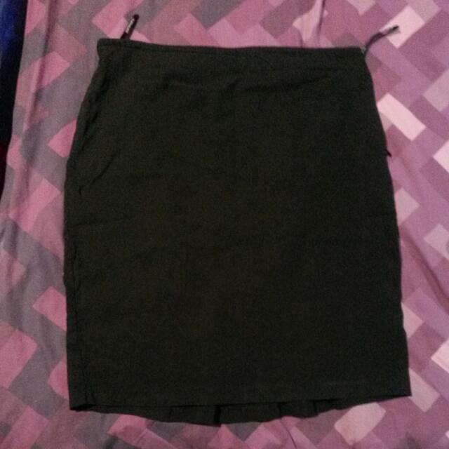 Size 14 Portmans Work Skirt