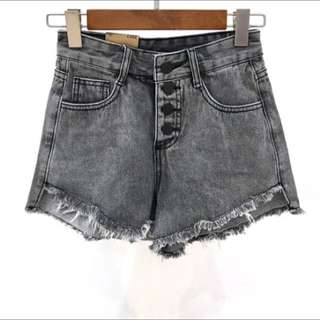 現貨不用等😍‼️春夏新款不規則水洗毛邊牛仔短褲