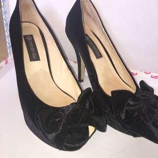 Forever New Black Bow Heel