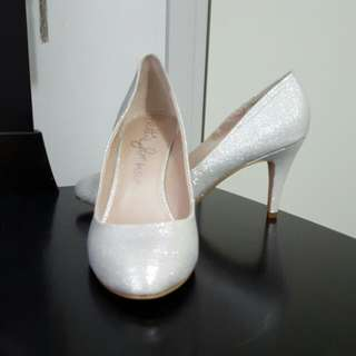 Size 10 Silver Glitter Betts Shoes