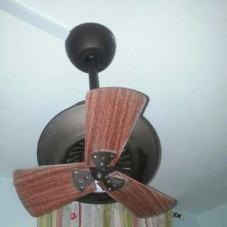 Small Ceiling Fan 7/10 Working Condition Price Nego
