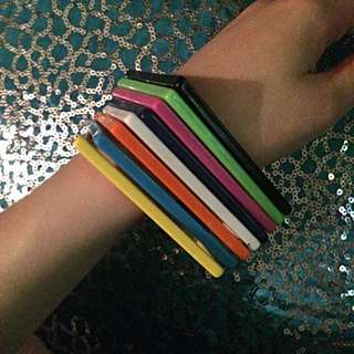All For $0.50 REDUCED 8 Plastic Square Bangles