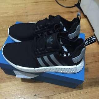 Adidas NMD R1 Black/White Size 8US