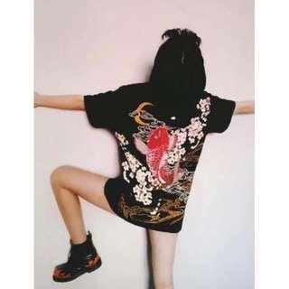 ►個性日系刺繡鯉魚T恤