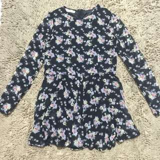 Pretty Girl Floral Dress (Skirt-shorts style)