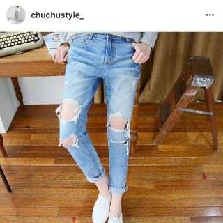 全新轉售! 網拍Chuchu Style正韓膝破牛仔褲L