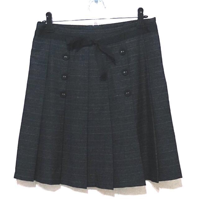 鐵灰色 百摺 綁帶 排釦 膝上裙