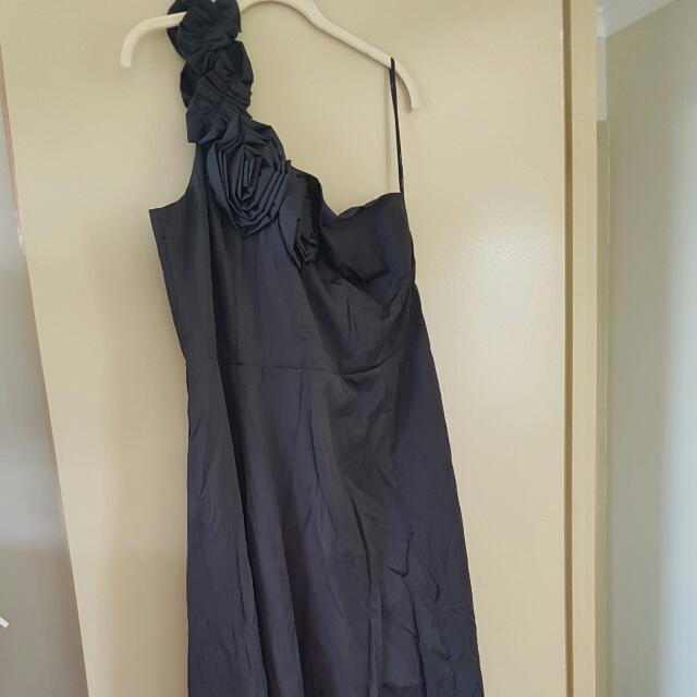 CITY CHIC FLOOR LENGTH FORMAL GOWN SIZE M