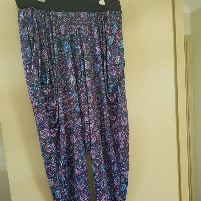 CITY CHIC HAREM PANTS SIZE L