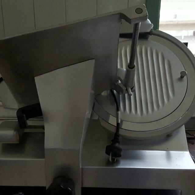 Commercial Meat Slicer