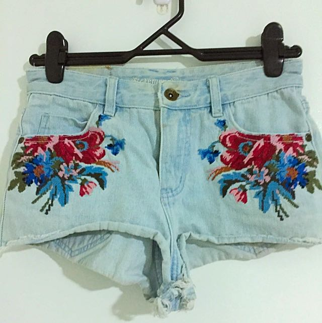 Element Embroidered Cut Off Shorts