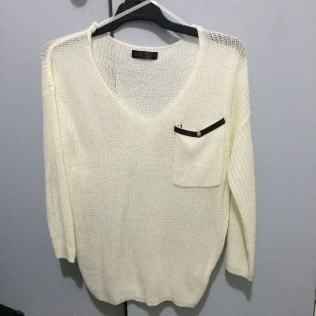 Light Cream Knit Size 6