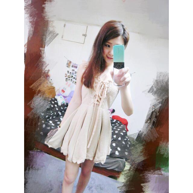 二手*日本專櫃Liz Lisa正品 馬甲 彈性 荷葉 優雅洋裝