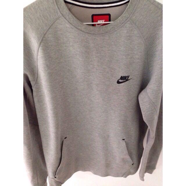 Nike Tech  Fleece  灰色衛衣