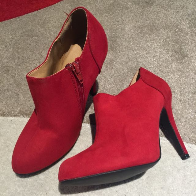 Red Ankle Boots Size 7