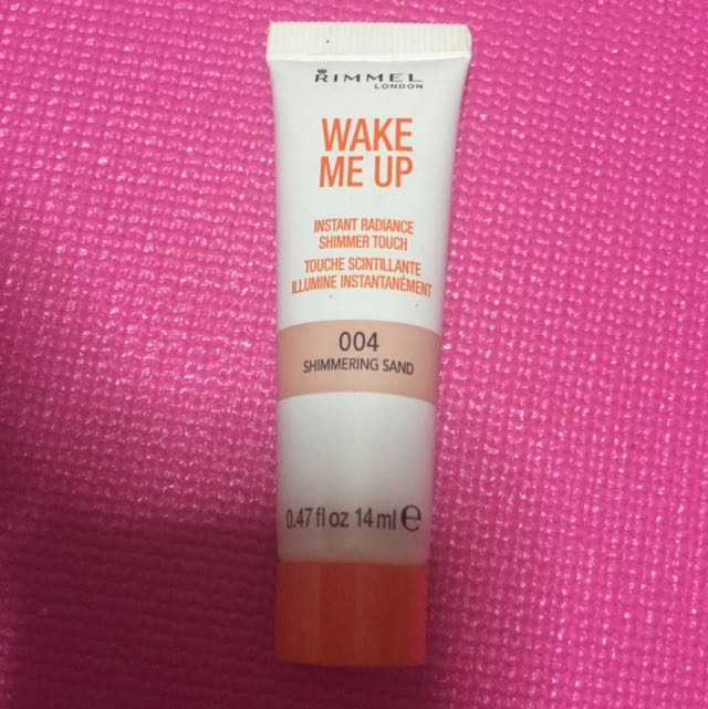 Rimmel Wake Me Up Instant Radiance Shimmer Touch