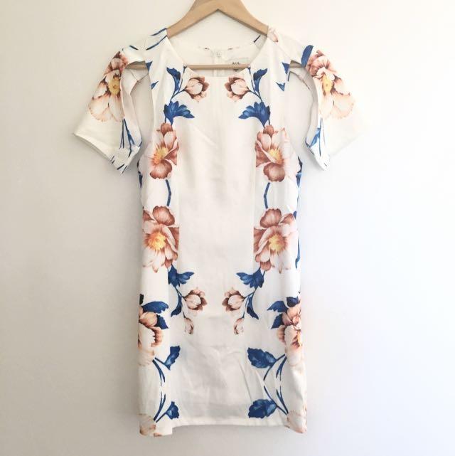 SIZE 8 AVA DRESS