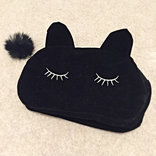 Sleeping Black Cat Makeup Pouch