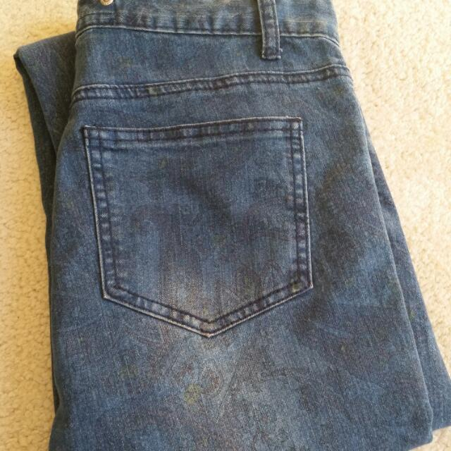 Women's Mid Rise Jeans Size 10