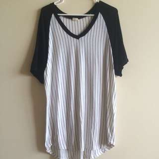BRANDY MELVILLE baseball tshirt dress