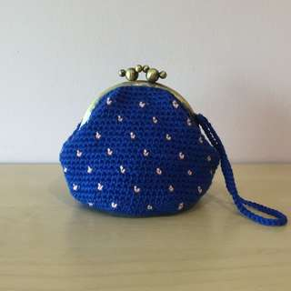crocheted royal blue coin purse with pink dots (with desired name tag or short message tag)