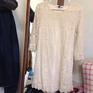 🚚 //洋裝//👗七分袖蕾絲裙